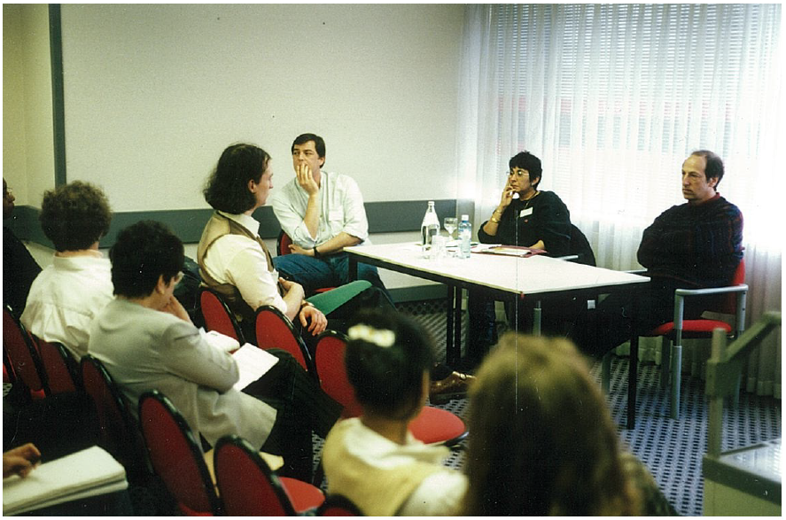 Organizing a discussion wit professor David Canter at the Student Members Group / British Psychological Society Conference, Brighton, UK, 1996